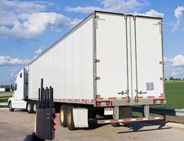 Jammer-con-camion-atrás.jpg